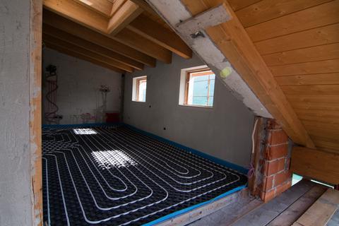 Ogrzewanie podłogowe w całym domu wady i zalety