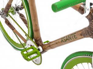 Produkują rowery z bambusa i pomagają mieszkańcom Afryki