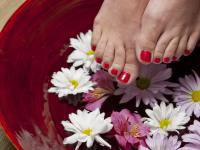 Zadbaj o swoje stopy przed nadejściem lata