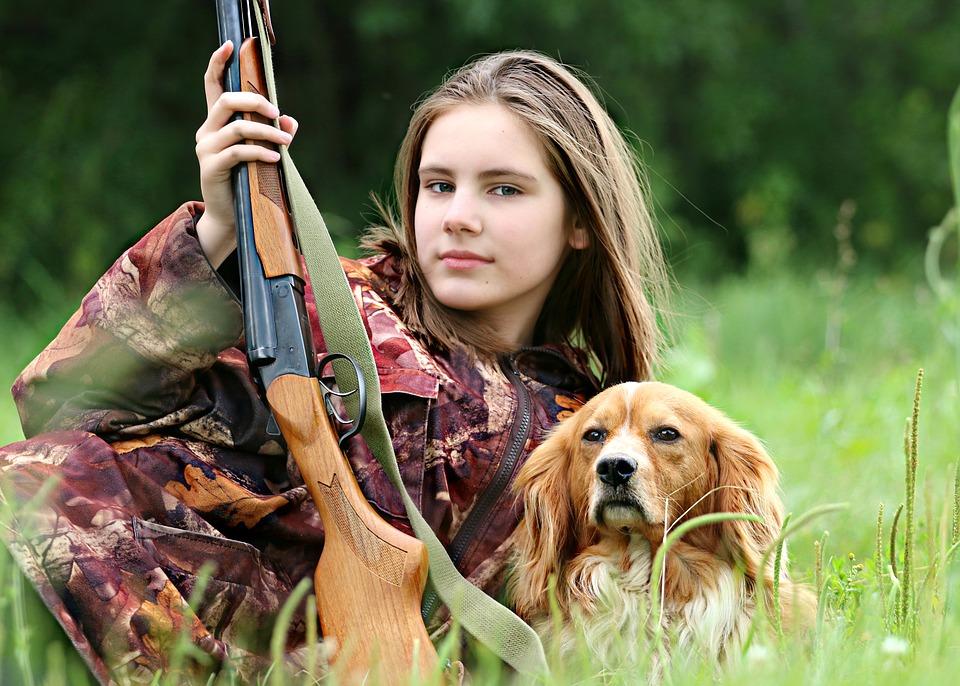 Senat utrzymał zakaz udziału dzieci w polowaniach