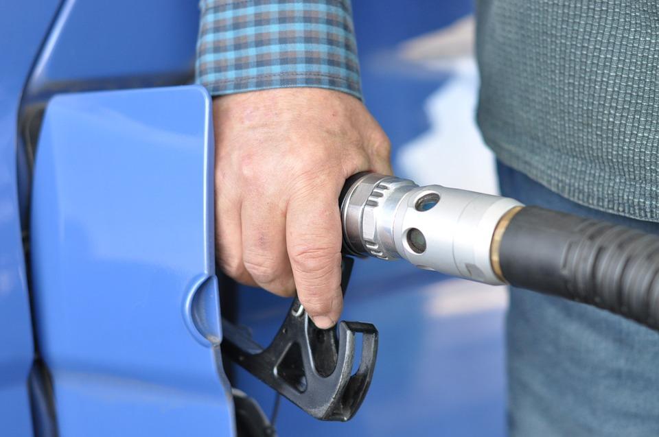 Czy opłata antyemisyjna uderzy w ceny paliwa?