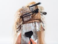 Bezpieczna farba do włosów z czarnych porzeczek