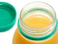 Butelki PET zatruwają sok owocowy