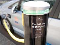 Co Polacy sądzą o samochodach elektrycznych?