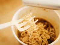 Jak zupki w proszku działają na organizm człowieka?