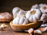 Czosnek warzywo - właściwości, witaminy i wartości odżywcze czosnku