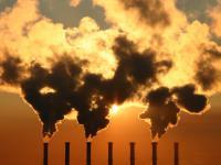 Uprawnienia do emisji CO2 straciły na wartości