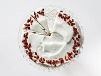 Wilgotne ciasto cynamonowe z batatem