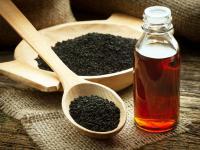 Olej z czarnuszki - pomaga zrzucić kilogramy i poprawia nastrój