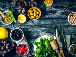 Dieta śródziemnomorska – opis i zasady. Jadłospis w diecie śródziemnomorskiej
