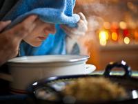 Domowy sposób na przeziębienie? Postaw na inhalacje!