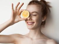 W jaki sposób włączyć cytrynę do codziennej pielęgnacji urody?