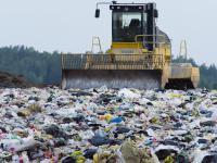 Do Polski szerokim strumieniem płyną odpady z zagranicy
