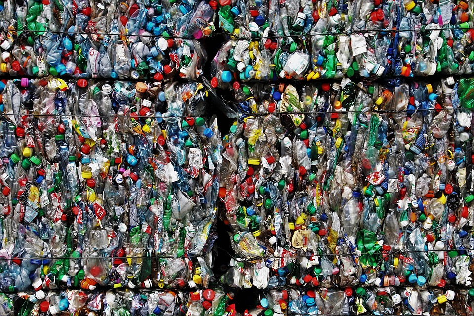 Unia Europejska kończy z plastikiem