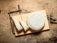 Ser kozi – właściwości, skład i zastosowanie sera koziego