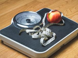 Dieta redukcyjna – odchudza i odmładza