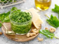 Sos pesto – właściwości, skład i zastosowanie sosu pesto