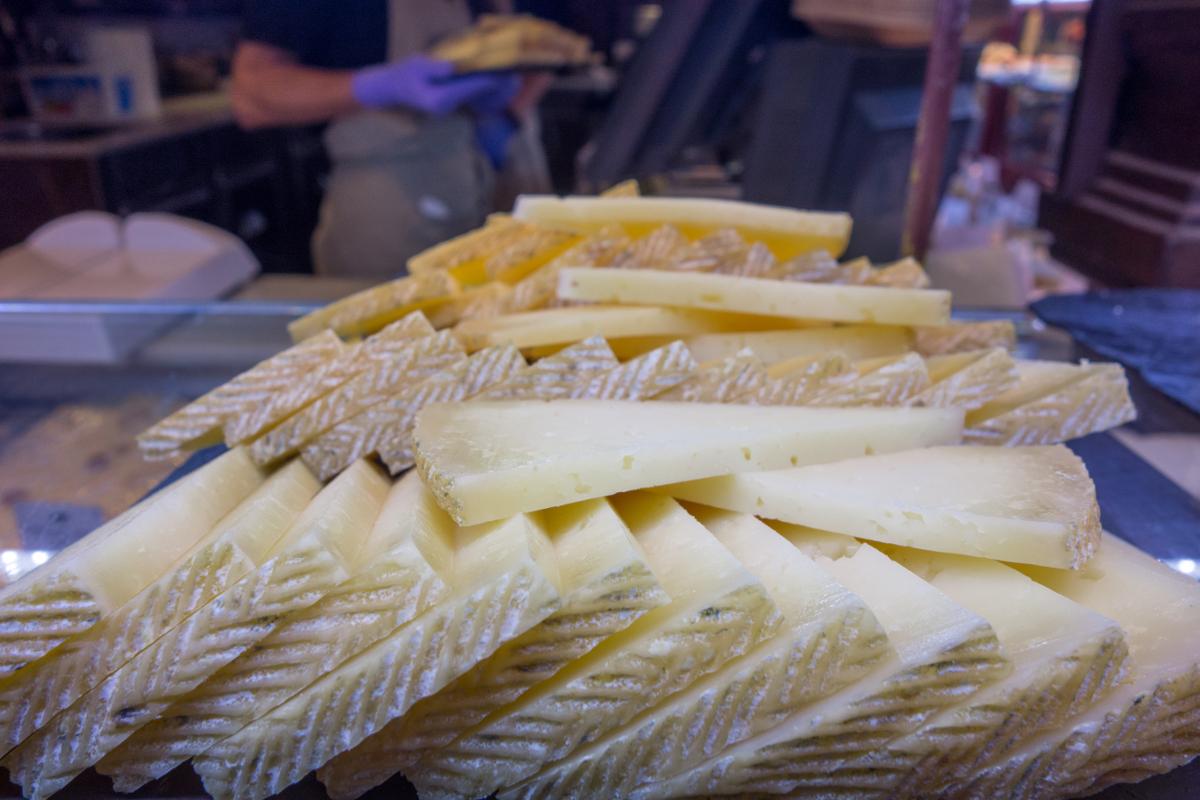 Ser manchego – właściwości, skład i zastosowanie sera manchego