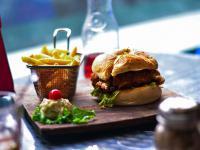 Koniec wegańskich parówek i burgerów?