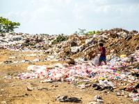 Plastikowe śmieci zabijają milion ludzi rocznie!