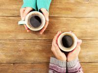 Picie kawy, nawet 25 filiżanek dziennie, nie jest złe dla twojego serca