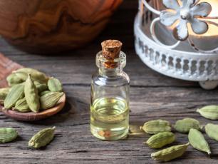 Olejek kardamonowy – naturalne wsparcie przy infekcjach