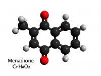 Witamina K3 (menadion) – właściwości, działanie i występowanie witaminy K3