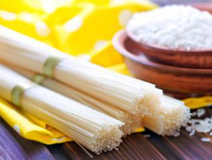 Makaron ryżowy – bezglutenowy i lekkostrawny