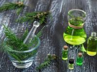 Olejek cyprysowy – łagodzi kaszel, pomaga na żylaki!