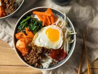 Bibimbap, czyli co można zrobić z miską ryżu