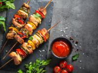 Szaszłyk – danie nie tylko dla mięsożerców