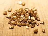 Złoto koloidalne ‒ właściwości, działanie i zastosowanie złota koloidalnego