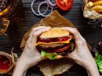 Hamburger – właściwości, skład i rodzaje hamburgera