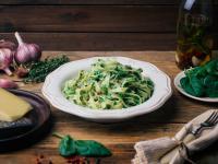 Sos szpinakowy – najlepszy dodatek do makaronu