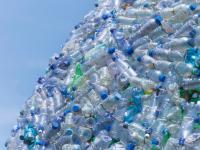 Zmutowany enzym rozkłada plastikowe butelki