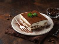 Grzeszne desery ‒ skąd się wzięły na naszych stołach?