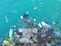 Ilość plastikowych odpadów trafiających do oceanów potroi się w ciągu 20 lat
