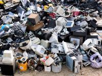 W zeszłym roku świat wyrzucił 54 miliony ton sprzętu elektronicznego