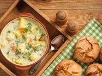 Zupa kalafiorowa – właściwości i skład. Przepis na zupę kalafiorową