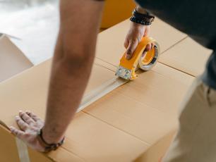 Tanie przesyłki - 2 powody, dla których warto je wprowadzić do oferty sklepu