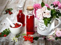 Sok z dzikiej róży – właściwości, skład i zastosowanie soku z dzikiej róży