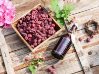 Syrop malinowy – smak lata zamknięty w butelce