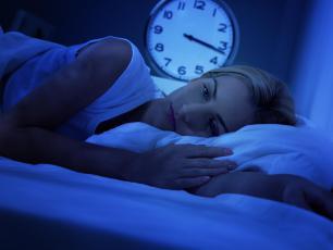 Bezsenność – czy można wyleczyć ją domowymi sposobami?