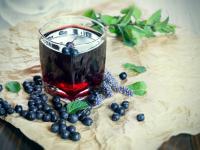 Sok z jagód ‒ właściwości, skład i zastosowanie soku z jagód
