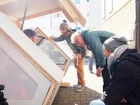 Kapsuła dla bezdomnych zasilana energią słoneczną