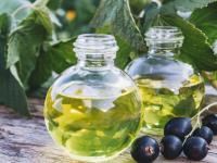 Na serce, artretyzm i problemy ze skórą! Na co jeszcze pomaga olej z pestek czarnej porzeczki?