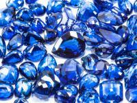Szafir kamień ‒ opis, właściwości i występowanie szafiru