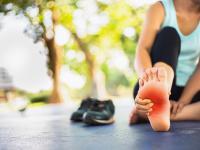 Ból stopy – częsta przypadłość osób aktywnych
