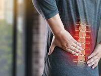 Lumbago – jak poradzić sobie z tym dotkliwym bólem?