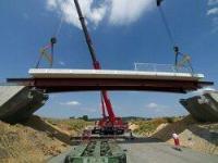 Most z tworzyw sztucznych już otwarty